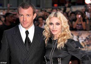 Madonna dédommagée pour ses photos de mariage volées