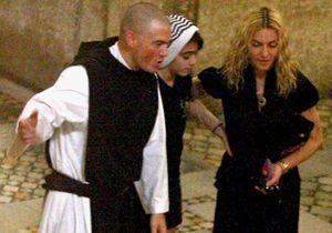 Madonna dit adieu à la Kabbale