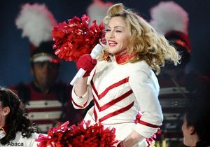 Madonna montre un sein à Istanbul
