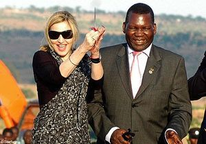 Madonna, « une déesse » pour les orphelins du Malawi