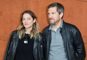 Marion Cotillard et Guillaume Canet confient avoir contracté une « version light » du coronavirus