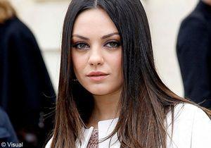 Mila Kunis affiche ouvertement sa relation avec Ashton Kutcher
