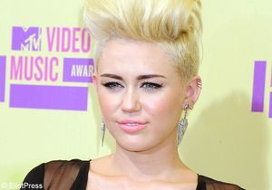 Miley Cyrus accusée d'agression