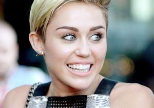 Miley Cyrus sur les bancs de la fac ?