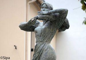 Nogent-sur-Marne : la statue de Carla Bruni-Sarkozy inaugurée
