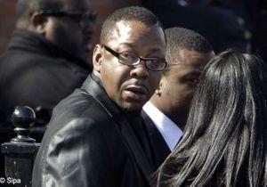 Obsèques de Whitney Houston : Bobby Brown s'explique sur son départ