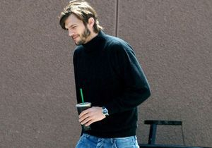 Photo : Ashton Kutcher dans la peau de Steve Jobs