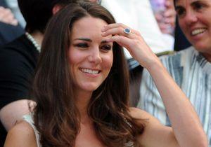 Pourquoi les doigts de Kate Middleton rendent les Anglais fous ?