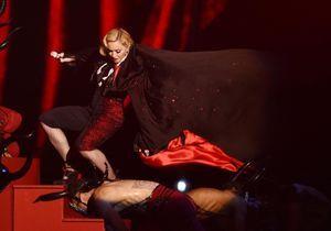 Quand Madonna chute sur la scène des Brit Awards