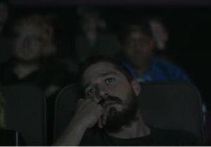 Quand Shia LaBeouf regarde ses prestations cinématographiques en direct