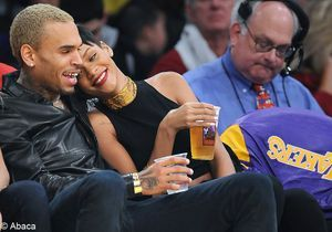 Rihanna et Chris Brown s'affichent ensemble… sans complexes