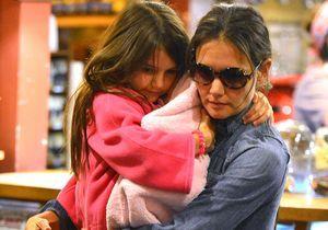 Sandy : Katie Holmes et sa fille se réfugient à l'hôtel