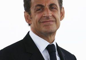 Sarkozy préfère la plage au stade