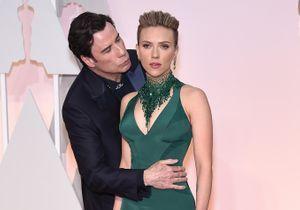 Scarlett Johansson prend la défense de John Travolta