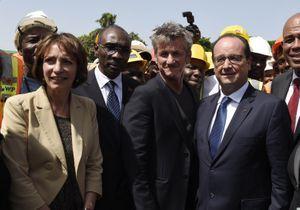 Sean Penn invité par François Hollande dans l'avion présidentiel