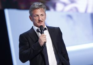 Sean Penn : pourquoi il regarde les vidéos de décapitation de Daech