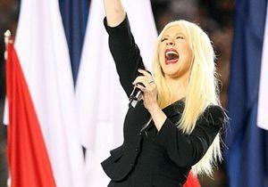 Super Bowl : Christina Aguilera s'explique après sa bourde