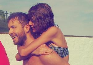 Taylor Swift célèbre le 4 Juillet avec Calvin Harris et ses amies