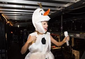 Taylor Swift surprend ses fans pour Halloween