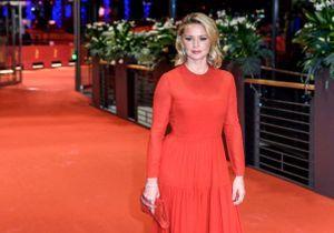 Virginie Efira en couple avec Niels Schneider : elle se confie à ELLE sur leur difference d'âge