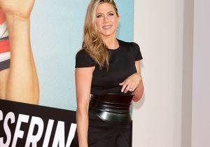 Le look du jour : Jennifer Aniston change de coiffure