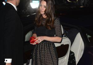 Le look du jour: Kate Middleton brille en solo à Londres