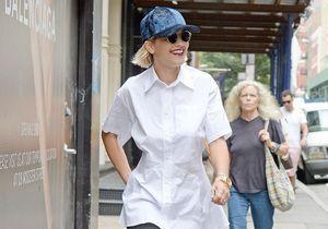 Le look du jour : Rita Ora, sexy-cool en chemise blanche