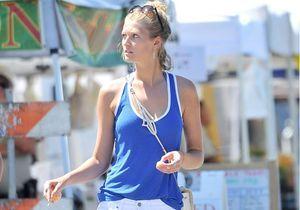 Le look du jour : Toni Garrn, la petite amie de Leonardo DiCaprio