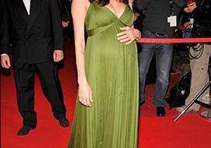 Angelina Jolie en forme et élégante