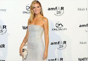 Heidi Klum ensorcelante au gala de l'AmfAR