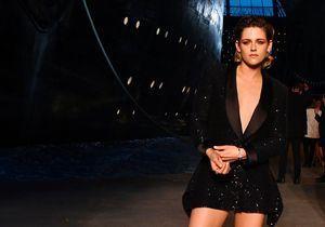 Kristen Stewart et Lily-Rose Depp prennent la pose devant le paquebot Chanel