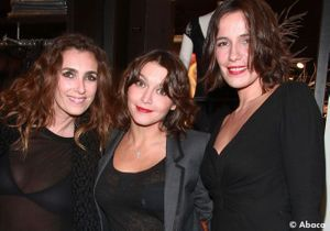 Mlle Agnès et Emma de Caunes s'éclatent à la soirée Versace pour H&M