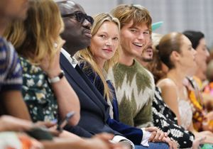 Fashion Week de Londres : Kate Moss au premier rang pour soutenir sa fille Lila Grace sur le podium