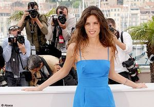"Maïwenn color block pour le photocall de ""Polisse"""