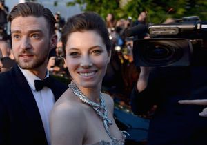 Justin Timberlake et Jessica Biel, montée des marches en amoureux