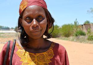 Camp de réfugiés en Namibie : rencontre avec l'élue des femmes