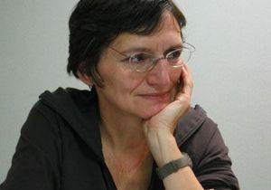 France Lert : « La parentalité aujourd'hui est quelque chose de normal pour les parents séropositifs. »