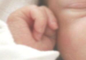 Le combat d'Isabelle Oger : le droit de connaître sa petite-fille née sous X