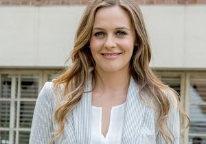 Les conseils d'Alicia Silverstone sur la maternité passés au crible d'une gynécologue