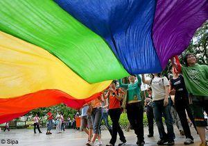 Mariage homosexuel : les 5 problèmes soulevés par le projet de loi