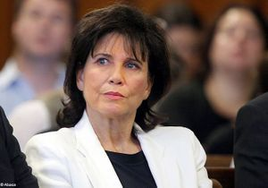 Sondage : les Françaises et l'attitude d'Anne Sinclair dans l'affaire DSK