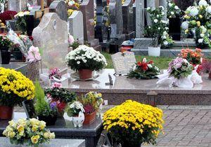 38 € d'amende pour avoir bu du champagne au cimetière