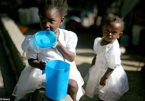 Adoptions en Haïti: le Quai d'Orsay exhorte à la prudence