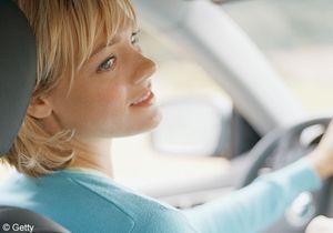 Assurance auto : les femmes payeront plus cher !