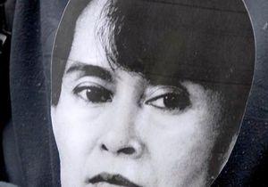 Aung San Suu Kyi, hospitalisée