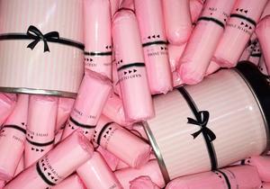 Australie: un ministre reçoit des milliers de tampons