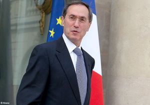 Claude Guéant candidat aux législatives dans les Hauts-de-Seine