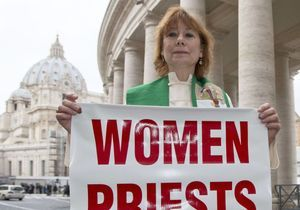 Conclave : et pourquoi pas une femme pape?