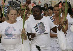 Cuba : les «dames en blanc» continuent de défiler