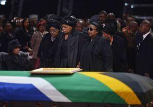 Dernier adieu à Mandela dans son village natal de Qunu